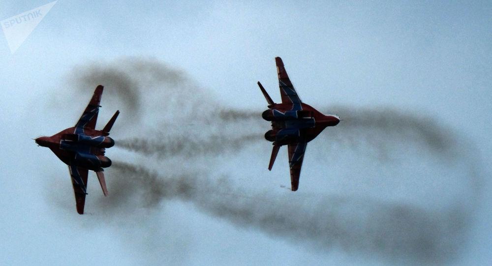 Les MiG-29 du groupe d'acrobatie aérienne Striji (archive photo)