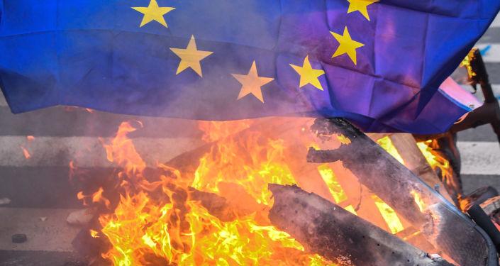 Autriche: démission de tous les ministres d'extrême droite après une vidéo compromettante