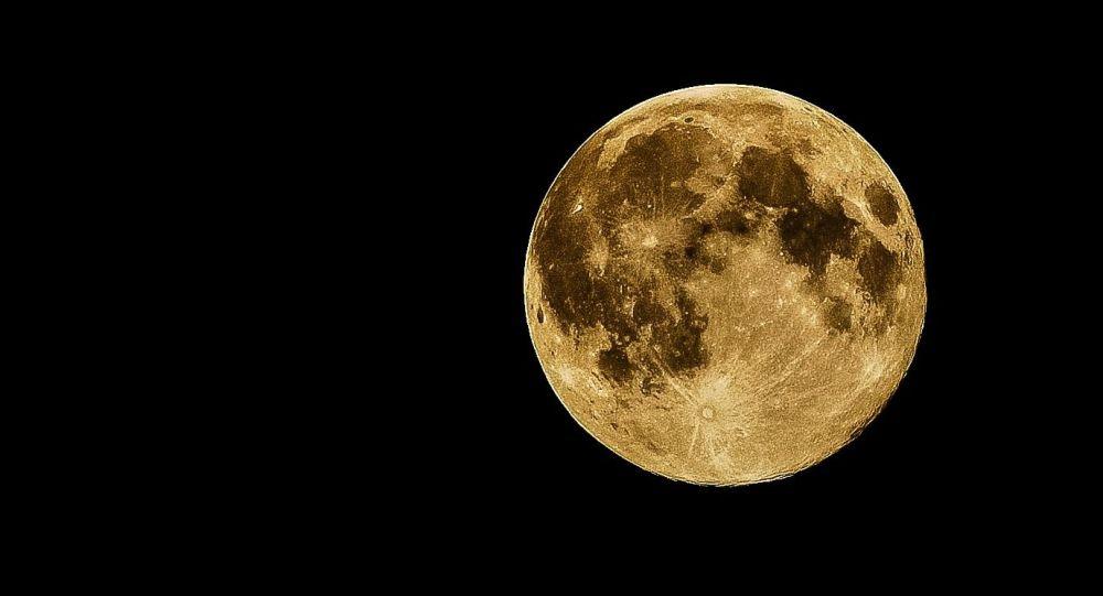 La Lune et Jupiter ont offert un spectacle céleste à la veille du 14 juillet - photos