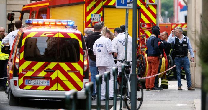 Les médecins sur les lieux de l'explosion à Lyon, mai 2019