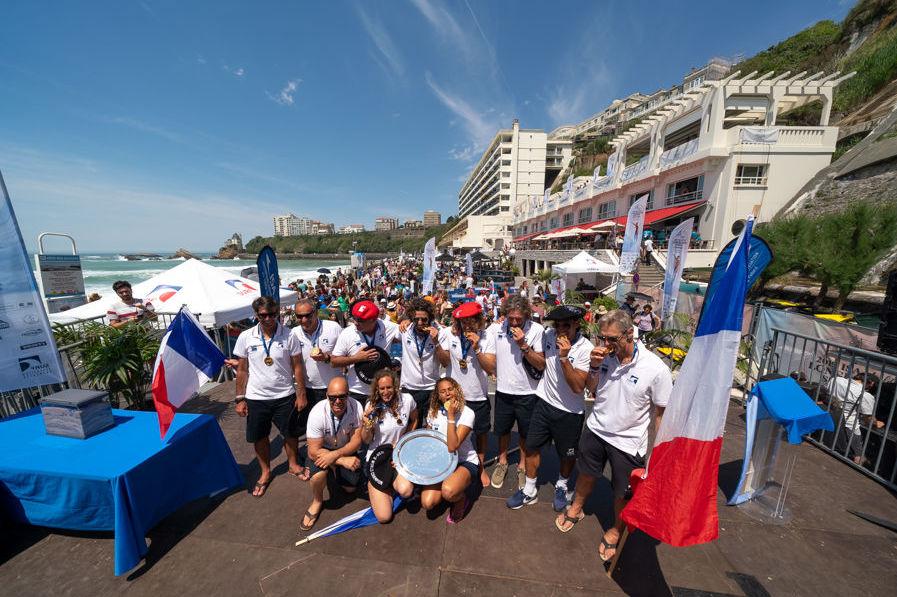L'équipe française aux Championnats de longboard à Biarritz