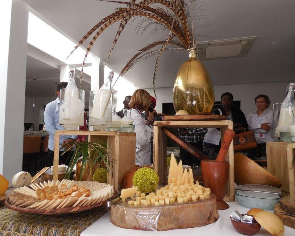 Vue d'une table de dégustation lors de la campagne AfroGourmands, Dakar