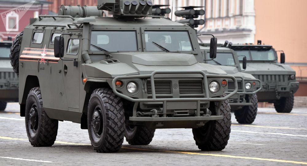 Un véhicule Tigre-M