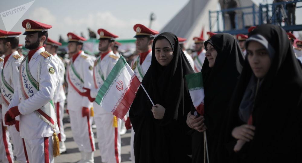 Des militaires du Corps corps des Gardiens de la révolution islamique à Téhéran, archives