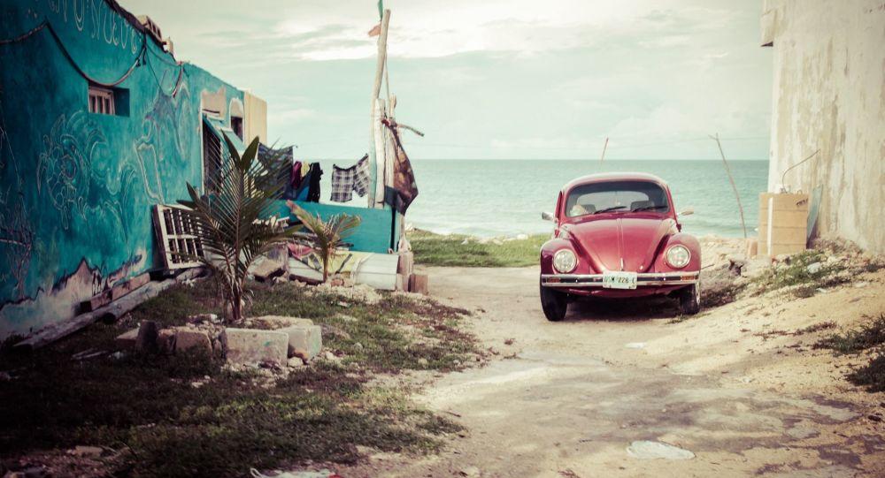 La dernière Volkswagen Coccinelle sort de l'usine