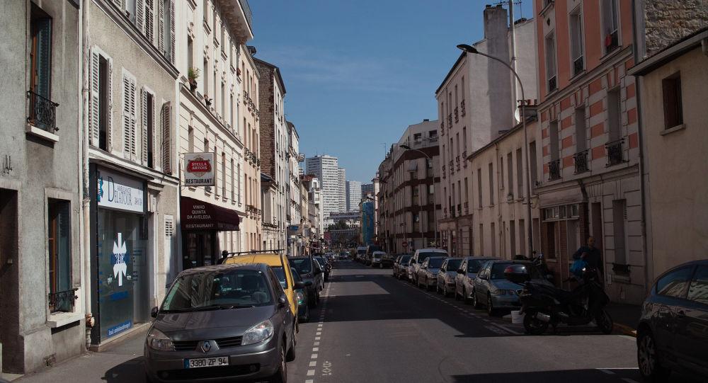 Le fils de Jean-Michel Blanquer agressé par une dizaine d'individus et blessé, selon Le Parisien