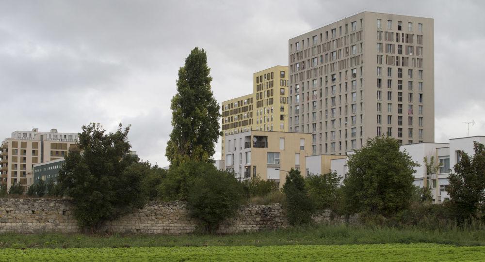 Clos-Saint-Lazare à Stains