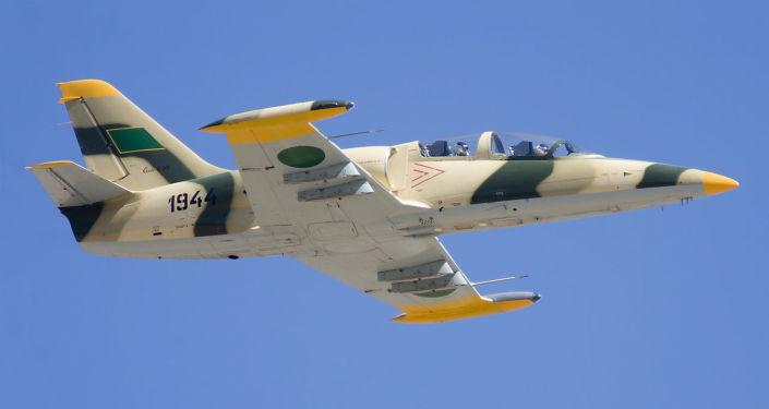 Un avion type L-39 de l'armée libyenne