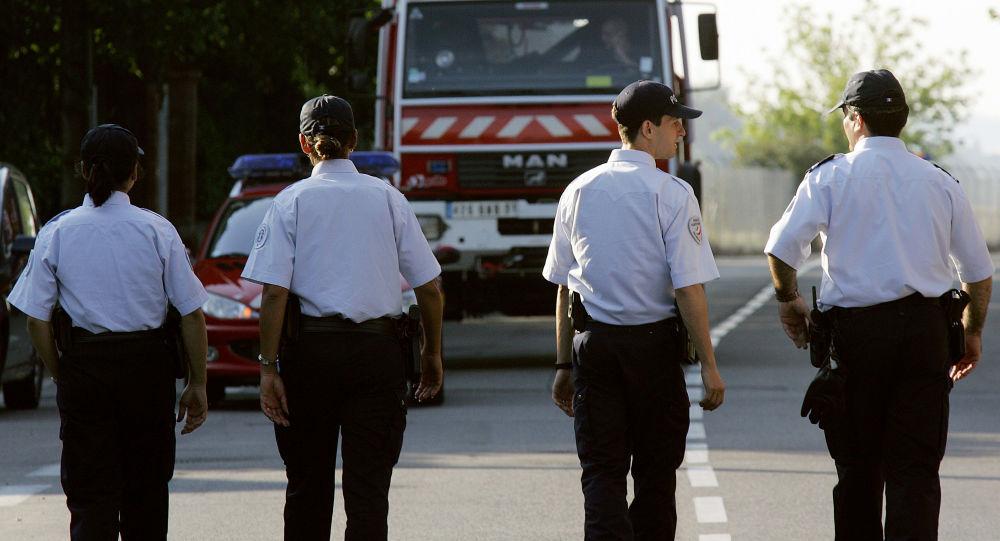 Des policiers, image d'illustration