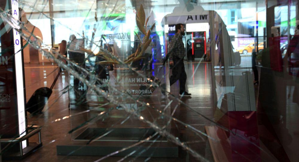теракт трагедия аэропорт имени Ататюрка Стамбул