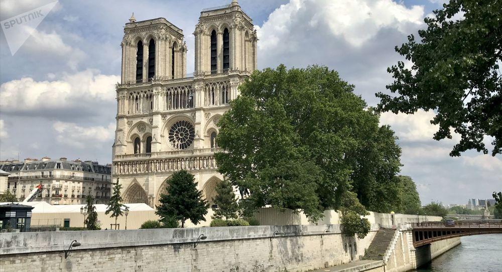 Notre-Dame: des chutes de pierres et «l'urgence impérieuse» d'éviter un effondrement