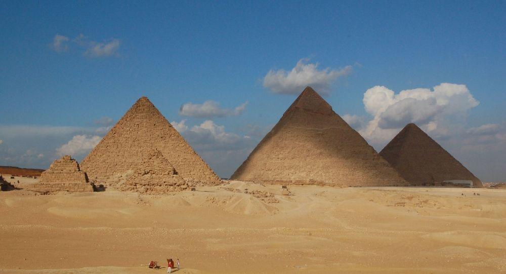 Pyramides d'Égypte (image d'illustration)