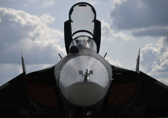 Le chasseur embarqué russe Su-47 au Salon MAKS 2019