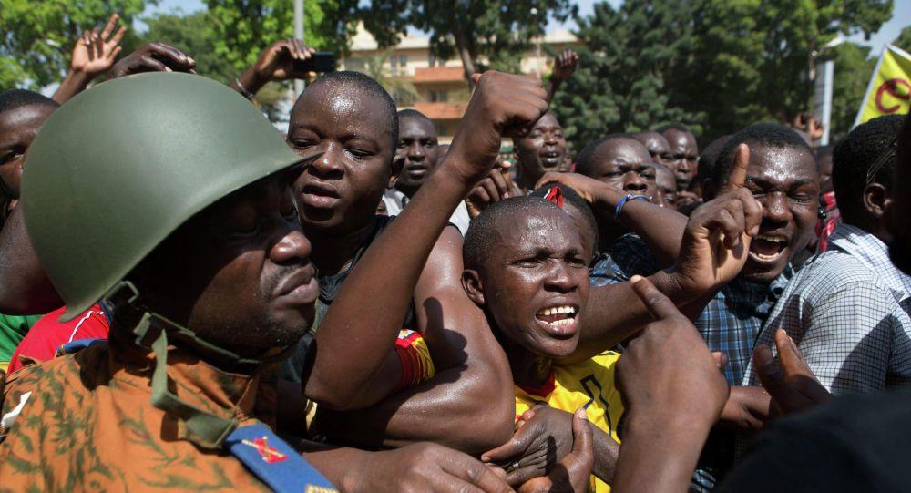 Au Burkina Faso, le feu récurrent des djihadistes dégrade encore plus la situation humanitaire