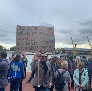 Une manifestation des habitants de Rouen après l'incendie de Lubrizol, 30 septembre 2019