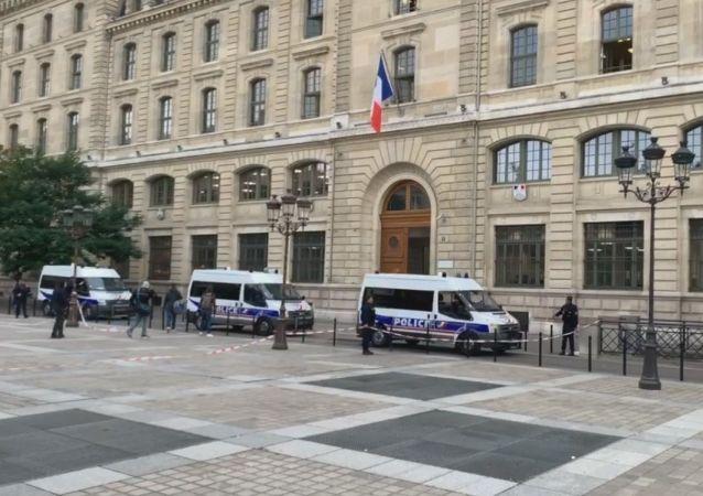 La Préfecture de police de Paris le jour de l'attaque