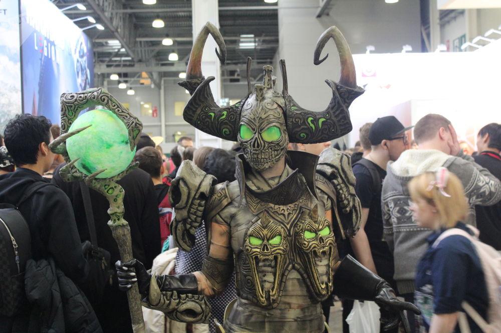 Une participante à la conférence des amateurs de jeux vidéo Igromir et à la convention des bandes dessinées Comic Con 2019 à Moscou.