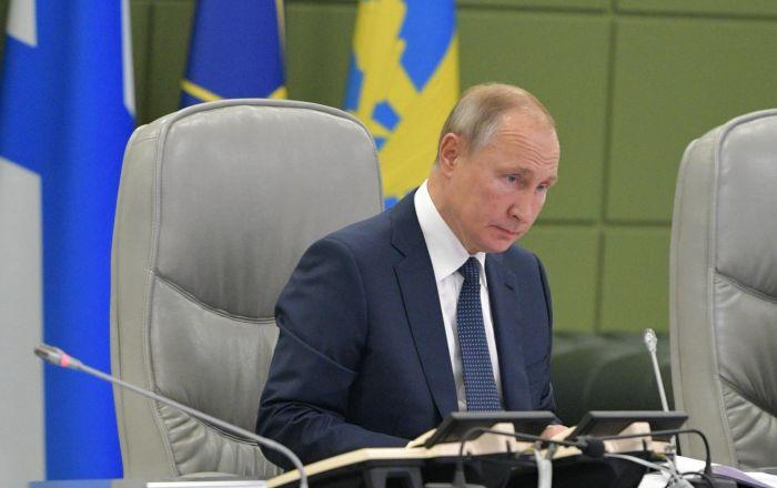 Poutine supervise les tirs de missiles balistiques de la triade nucléaire russe