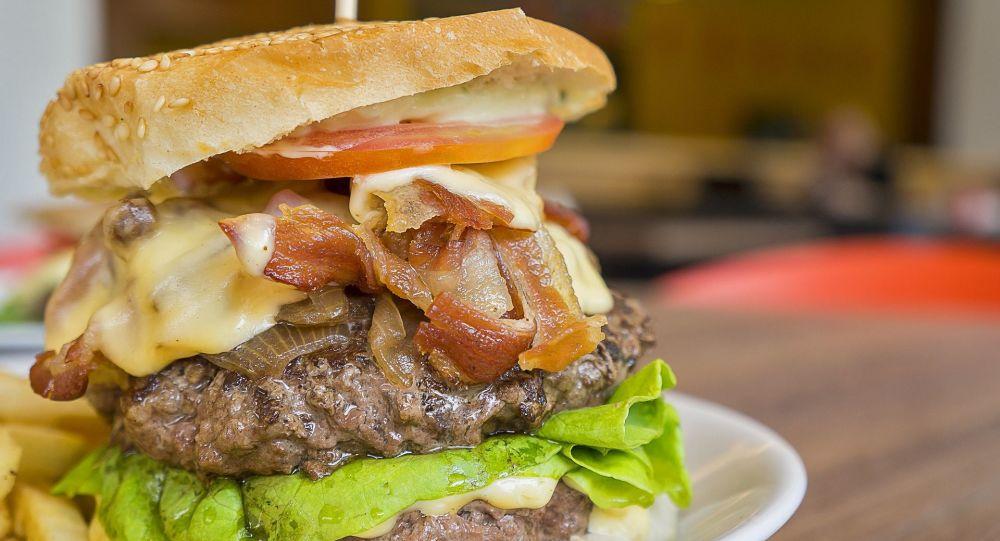 Un burger (image d'illustration)