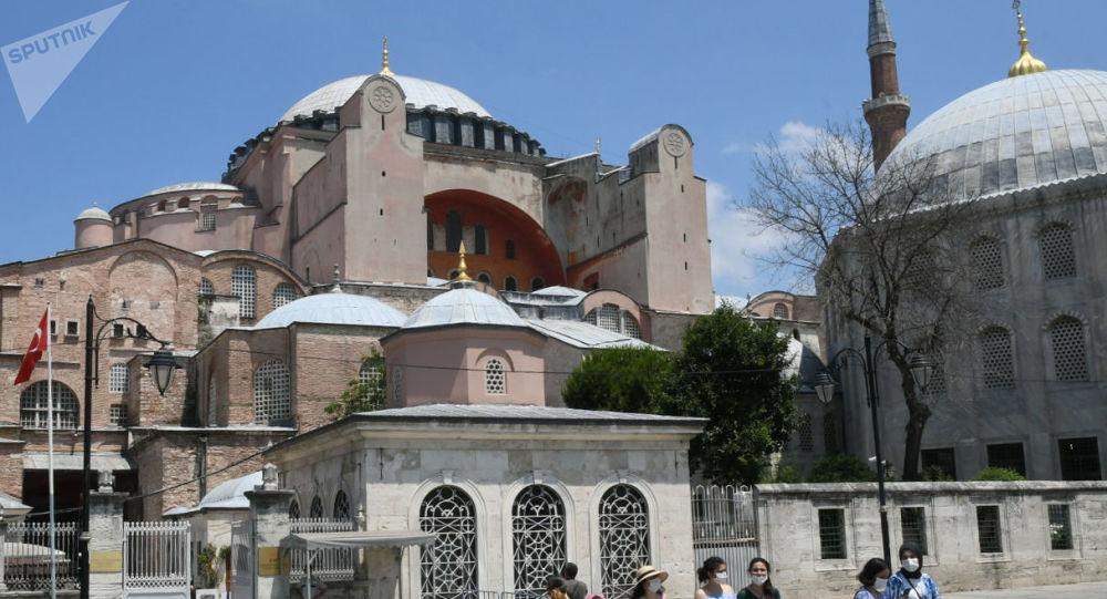 Réplique de Sainte-Sophie en Syrie: «il y a une volonté de maintien d'une identité chrétienne au Proche-Orient»