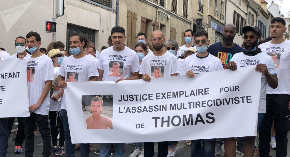 Marche blanche pour Thomas à Sarcelles: «Monsieur Dupond-Moretti! Faites bouger les choses!» - vidéos