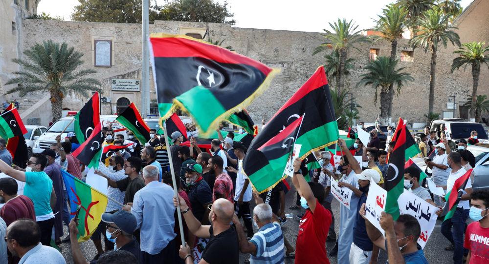 «La guerre est finie, les fronts sont stabilisés. Si la Libye doit exister, il faudra négocier»