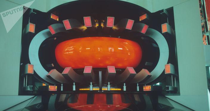 La Russie annonce la date de lancement de son réacteur à fusion nucléaire - Sputnik France