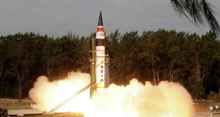 Missile à capacité nucléaire Agni-V. Archives