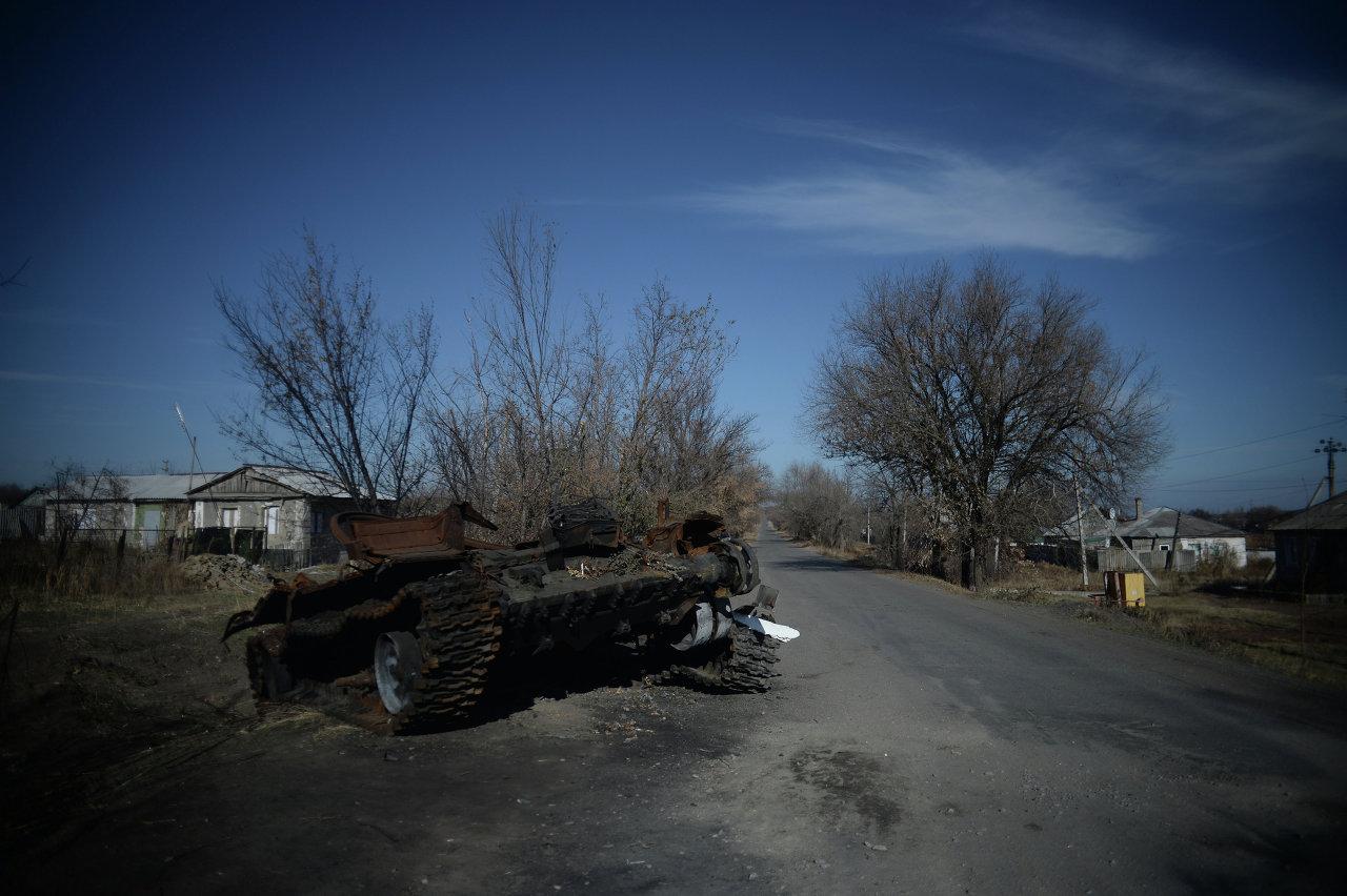 Région de Lougansk: voter au milieu des ruines