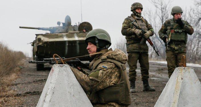 Les soldats de l'armée ukrainienne à Debaltsevo, le 6 février 2015