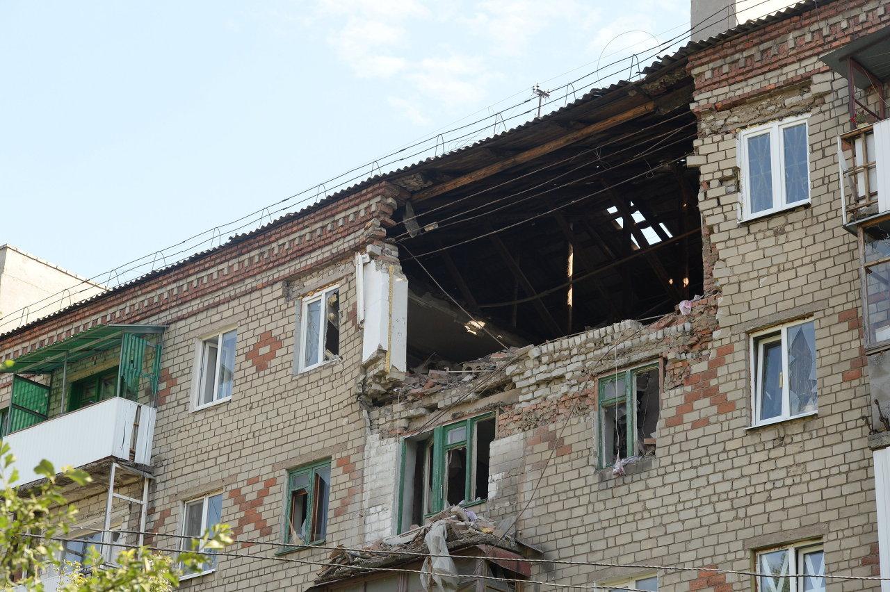 Ukraine: la vie au milieu des ruines