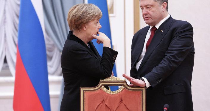Angela Merkel et Petro Porochenko à Minsk, le 11 février 2015