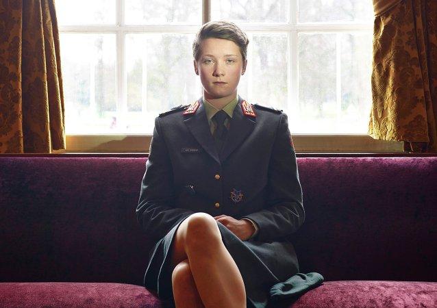 Une étudiante à l'Académie militaire à Breda (Pays-Bas). Une photo de Paolo Verzone