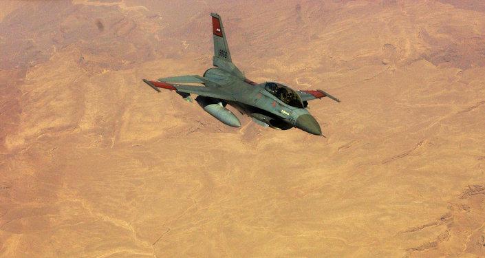Chasseur égyptien F-16