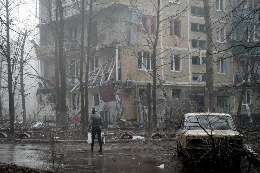 Destructions causées à Donetsk par un pilonnage de l'artillerie ukrainienne