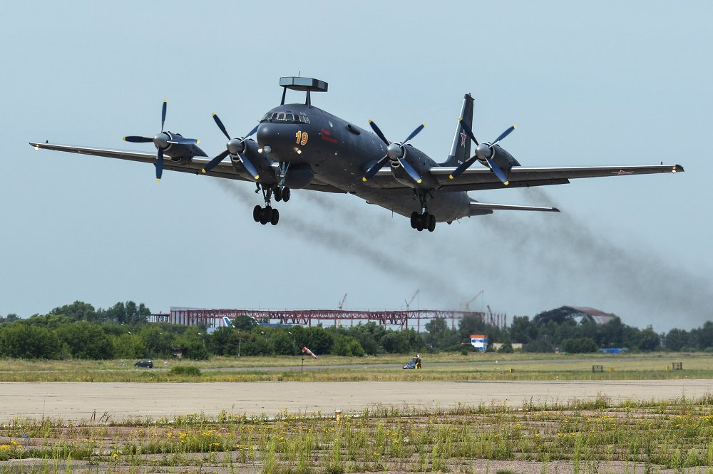 Prototypescom/Les avions raction Lavotchkine/II Les