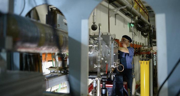 A l'intérieur d'un bunker de lumière synchrotron à Novossibirsk
