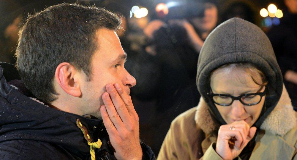 Des opposants russes sur les lieux de l'assassinat