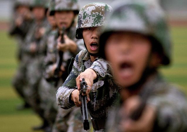 Chine: le budget de la Défense augmentera de 10%