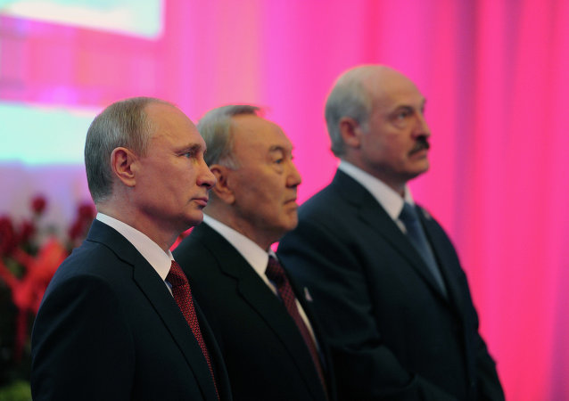 Vladimir Poutine, Noursoultan Nazarbaïev et Alexandre Loukachenko (Archive)
