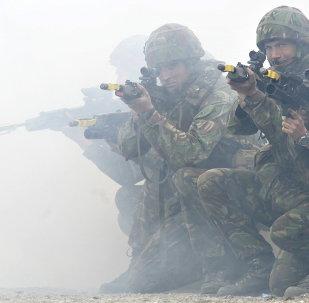 Militaires européens
