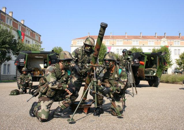 Mortier de 81mm léger long renforcé