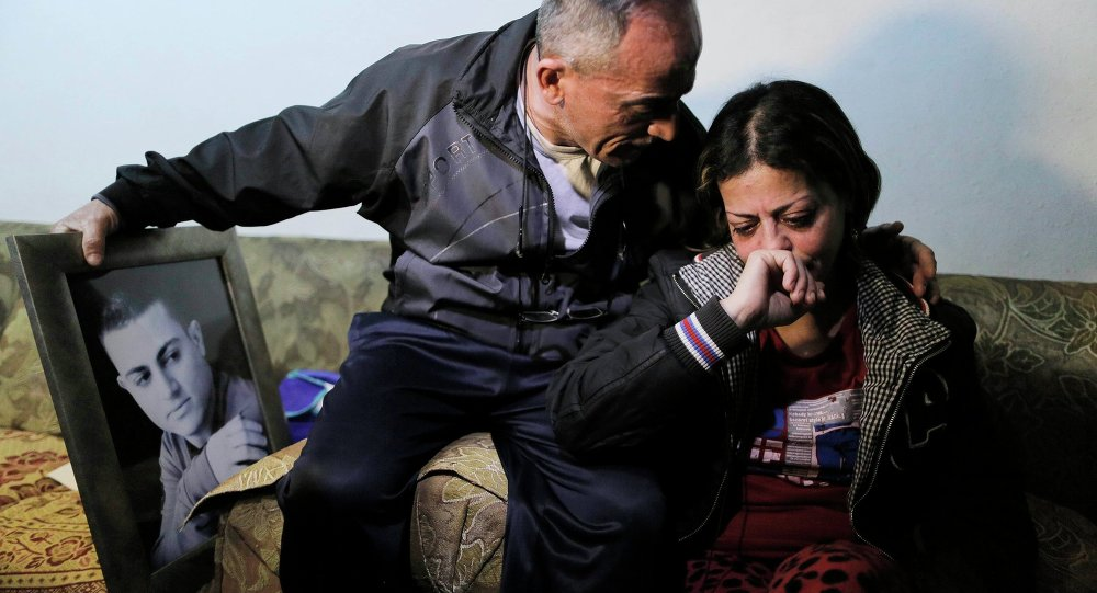 Les parents de Muhammad Said Ismail Musallam, un Arabe israélien dont l'EI revendique l'assassinat, le 10 mars 2015 à Jérusalem-Est