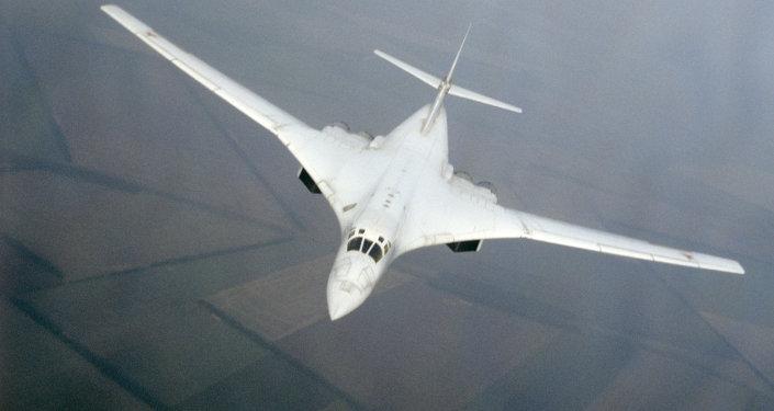Le bombardier Tu-160