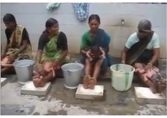 Bains pour bébés indiens