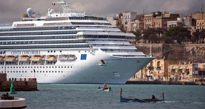 Costa Concordia. Archives