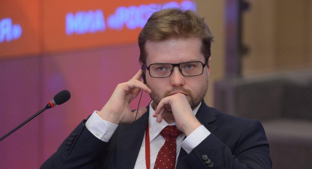 Pavel Rodkine, expert en image de marque et en communication visuelle, candidat en critique d'art, membre du Club Zinoviev de Rossiya Segodnya