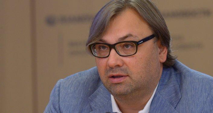 Timofeï Sergueïtsev, méthodologue, philosophe, membre du Club Zinoviev de Rossiya Segodnya