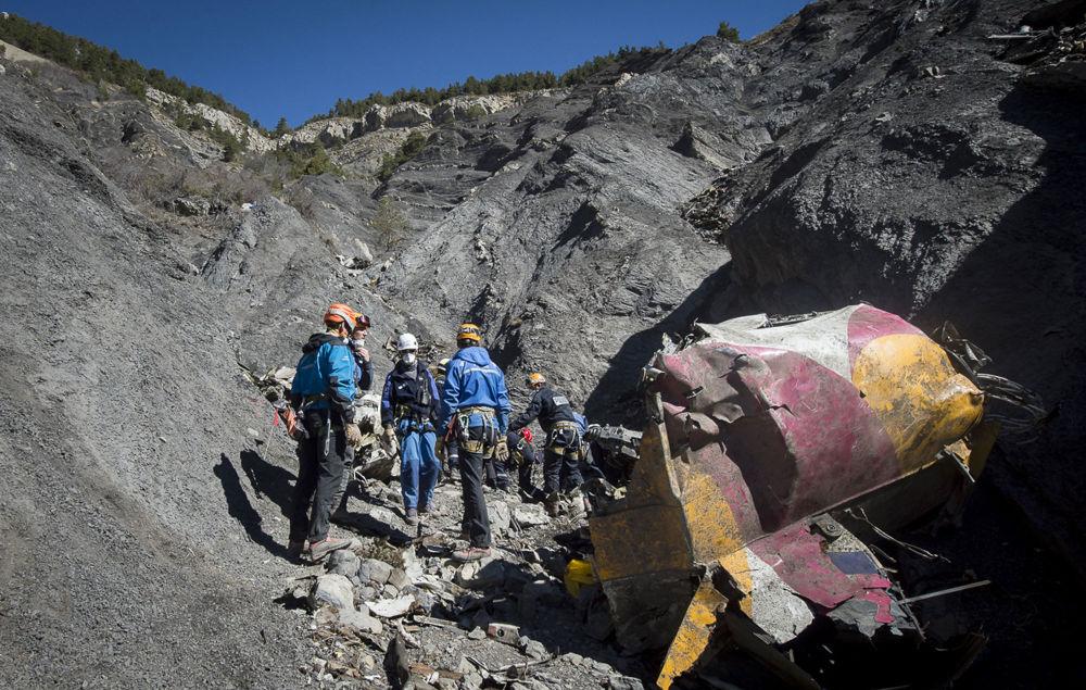 Les secouristes français ont découvert la deuxième boîte noire de l'Airbus A320 qui s'est écrasé la semaine dernière dans les Alpes