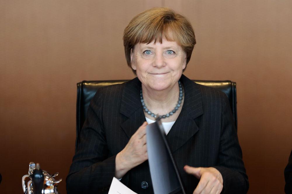 Chancelière allemande Angela Merkel lors d'une réunion du gouvernement